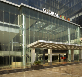 Rented Property in Global Foyer Gurgaon Measuring 2500 Sq ft is available for Sale in Golf Course Road Sector 43 Gurgaon.