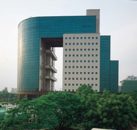 Pre Rented Property for Sale in Signature Tower Gurgaon