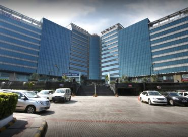 Office for Sale in Jmd Megapolis