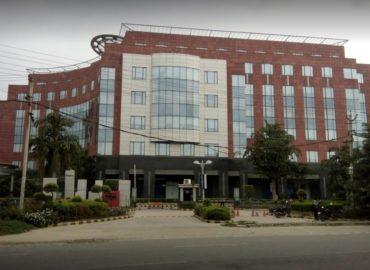 Pre Rented Property in Unitech Trade Centre