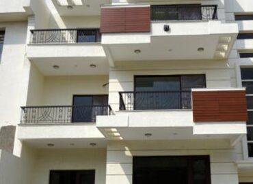 4 BHK Builder Floor for Sale in Sector 14 Faridabad.