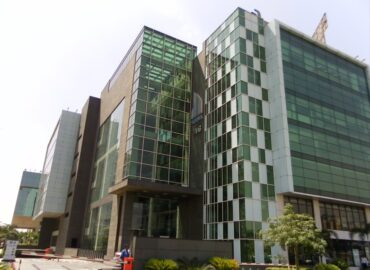 Office Space Jasola South Delhi | Commercial Property for Sale in Uppals M6 Jasola