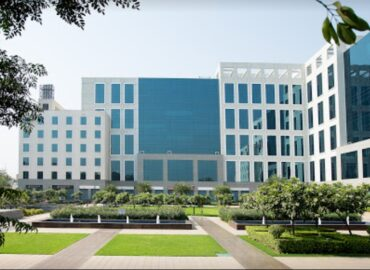 Commercial Property in DLF Prime Towers Okhla South Delhi